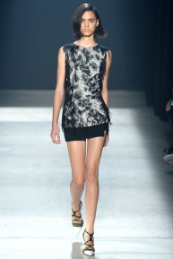 narciso-rodriguez-rtw-ss2014-runway-26_235401188138