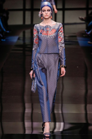 armani-prive-spring-2014-couture-runway-14_200255317093