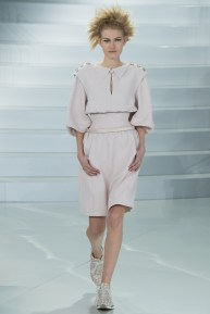chanel-spring-2014-couture-25_104745590194