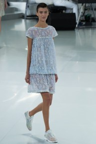 chanel-spring-2014-couture-35_104754763981
