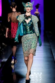 jean-paul-gaultier-spring-2014-couture-runway-28_122027399014