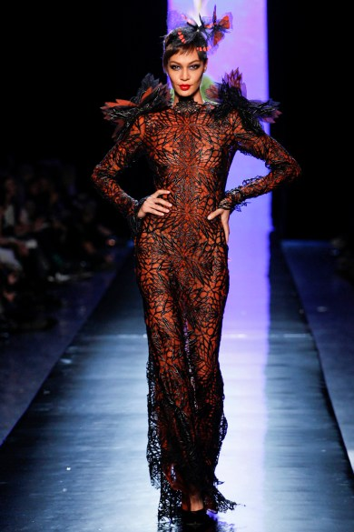 jean-paul-gaultier-spring-2014-couture-runway-43_122039339270