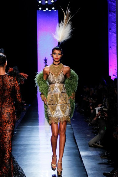 jean-paul-gaultier-spring-2014-couture-runway-44_122040593644