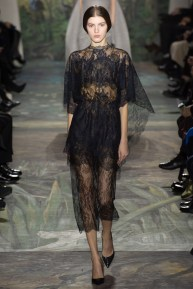 valentino-spring-2014-couture-runway-12_164015136262