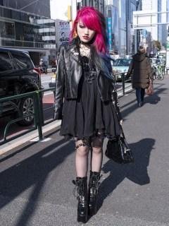 Lisa13-Leather-Jacket-Garter-Harajuku-2013-02-17-DSC0205-600x900