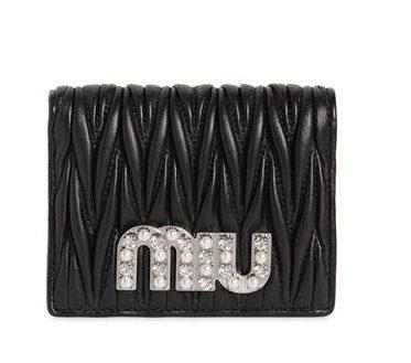 MIUMIU キルトレザー財布