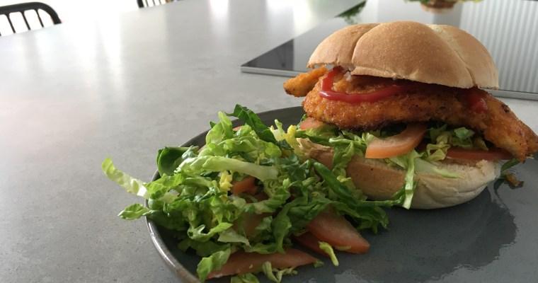 Knapperige kipburger