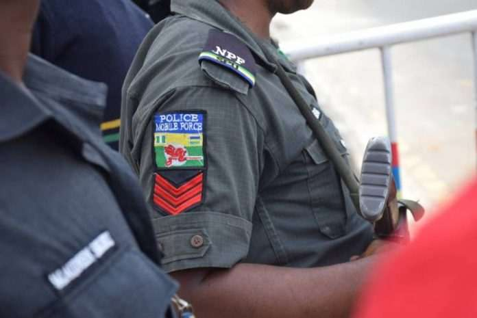 Money Love! Nigerian Police At It Again...Shot 18-Year-Old Girl & Friend For N1000 1