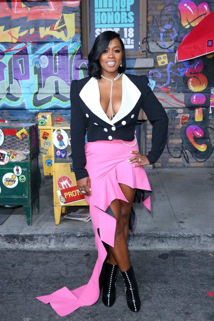 Remy Ma Turns Herself In to The Police After Assaulting Britney Taylor At A Concert 2