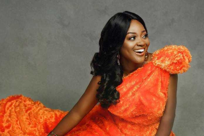 My Eyes And Charming Smile Get People Attracted To Me - Actress Jackie Appiah 3