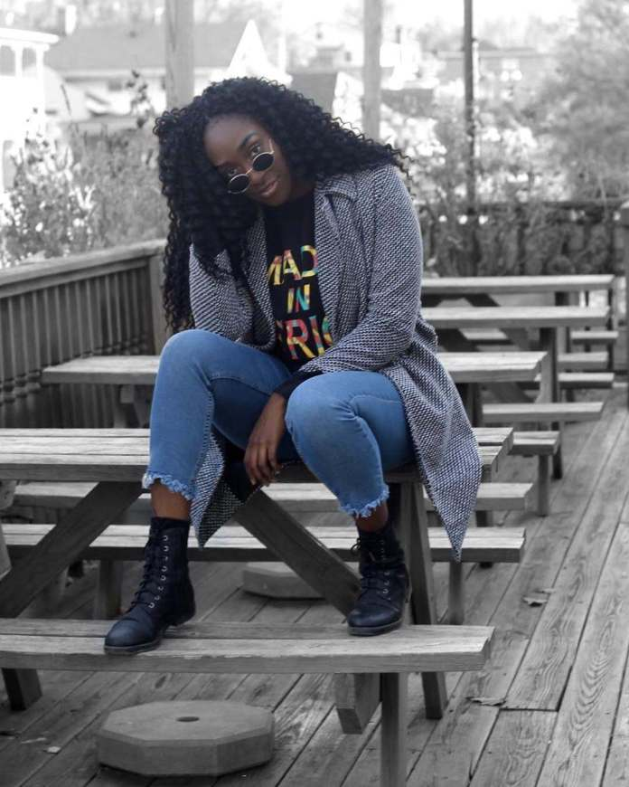 KOKOnista Of The Day: Feyi Weaves Fashion Into Travel To Produce A Super-Eccentric Style 1