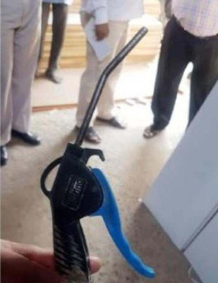 Bum Tragedy! Worker Killed After Colleague Shoved An Air Hose Into His Bottom 1