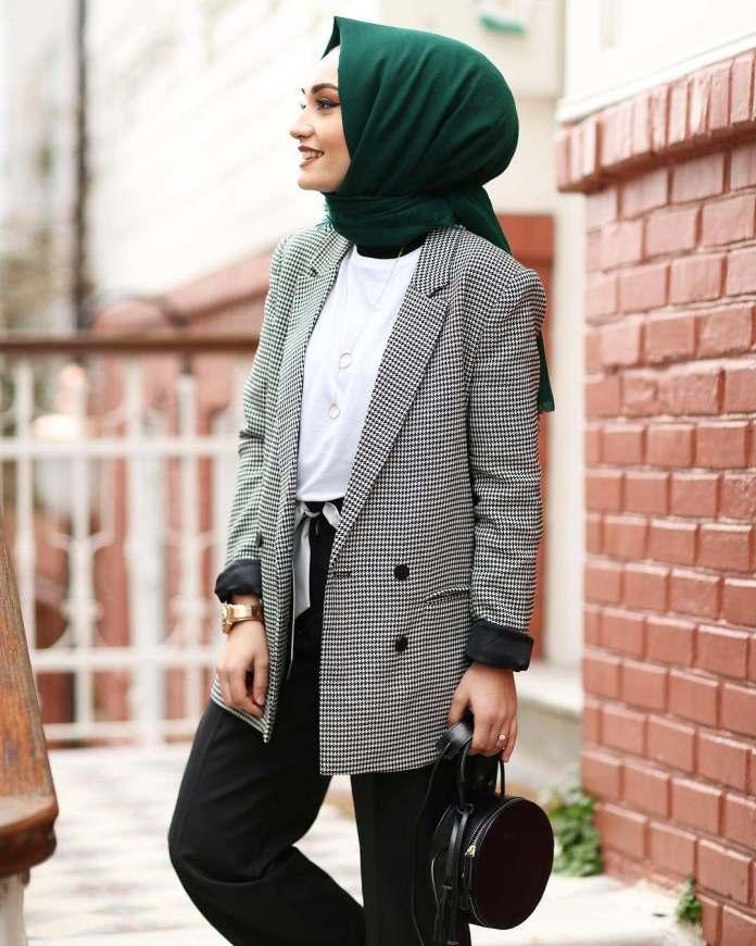 Muslimah Style: Busra Guney's Classy Style Makes Modesty Lovable 5