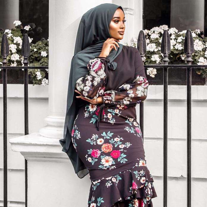 Muslimah Style: Meet Hani Hanss, The Hijabi Who Has Got All The Flawless Looks 3