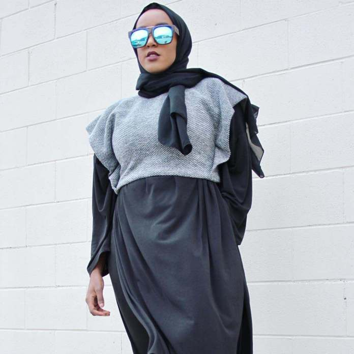 Muslimah Style: Eman Idil Bare Maintains A Clean And Fancy Hijab Style 4