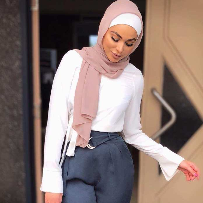 Muslimah Style: Laureen Keeps It Spicy With Her Cool Hijab Styles 3