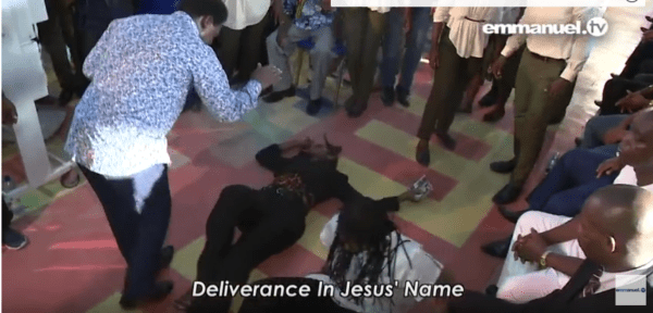 T.B Joshua Delivers Two Lesbians In His Church (video) 3