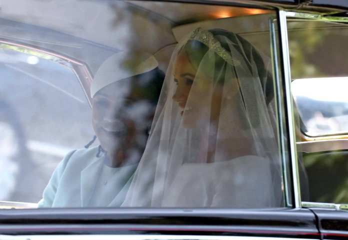 Stunning! Meghan Markle And Prince Harry Royal Wedding Carriage Procession 1