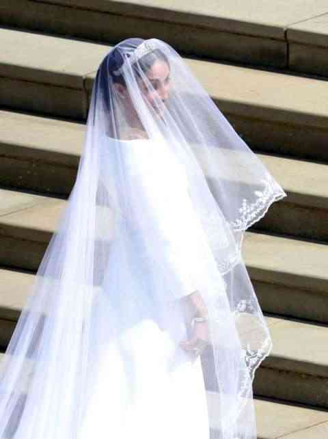 """Katy Perry Shades Meghan Markle, Says Givenchy Wedding Dress Needed """"One More Fitting"""" 4"""