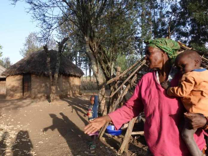 Shocking! Lightening Strikes 10 Women In Kenya 2