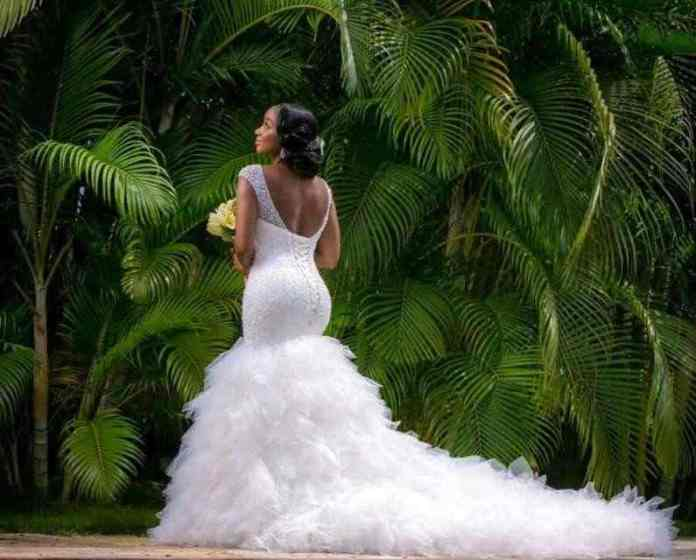 Bride Slammed For Wearing Trashy Wedding Dress Which Showed Her 'Bottom Cleavage' 1