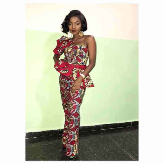 Ankara Style: Simi Rocks The African Print Effortlessly 3