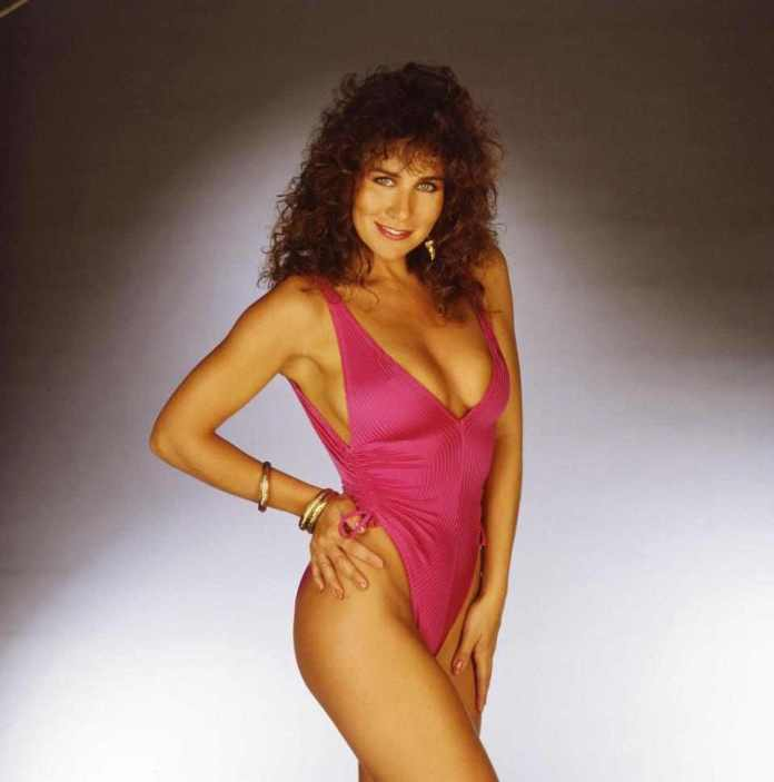 Sexy At 60! Former Glamour Model Linda Lusardi Strips Off To Mark Her 60th Birthday 5