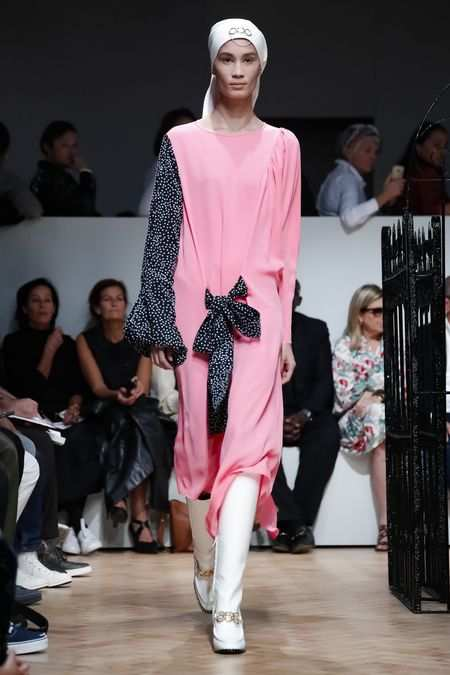 J.W Anderson Men & Women Spring Summer 2019 Collection At LFW 22