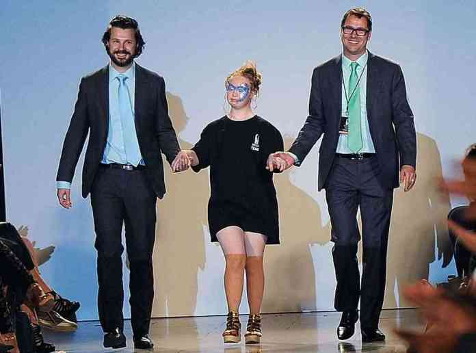 All You Need To Know About Madeline Stuart, The First Down Syndrome Model To Walk The Runway At NYFW 4
