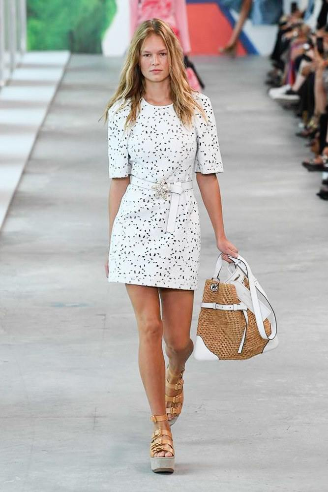 Michael Kors Redefines Spring At The NYFW S/S 2019 Show 11