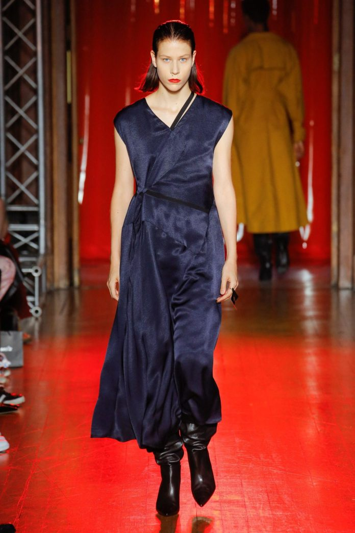 Palmer Harding Spring Summer 2019 Collection At The LFW 17