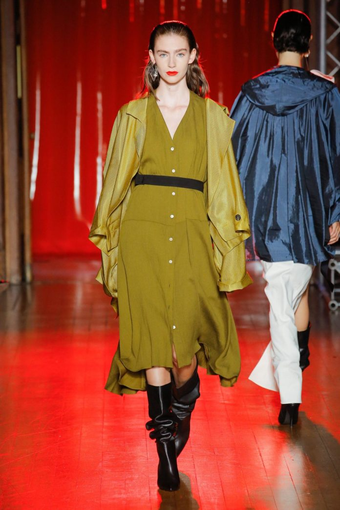 Palmer Harding Spring Summer 2019 Collection At The LFW 19