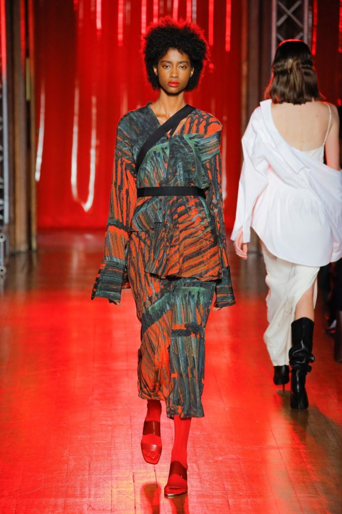 Palmer Harding Spring Summer 2019 Collection At The LFW 6