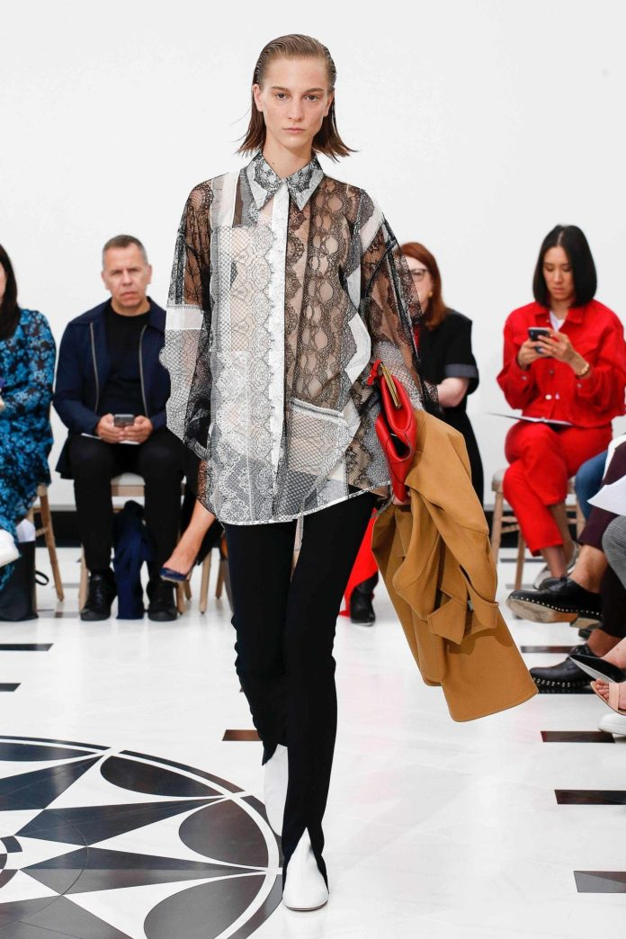 The 21st Century Woman! Victoria Beckham Spring 2019 Collection At London Fashion Week 29