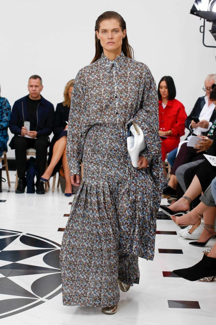 The 21st Century Woman! Victoria Beckham Spring 2019 Collection At London Fashion Week 5
