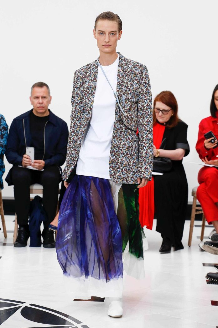 The 21st Century Woman! Victoria Beckham Spring 2019 Collection At London Fashion Week 8