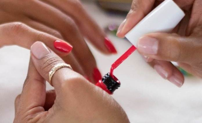Beauty Guide: 5 Reasons For Having Frail And Dry Nails 3