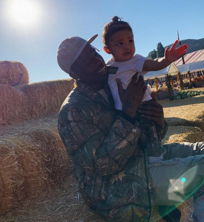Family Goals: Kylie Jenner And Travis Scott Takes Stormi Webster For Her First Pumpkin Patch 2