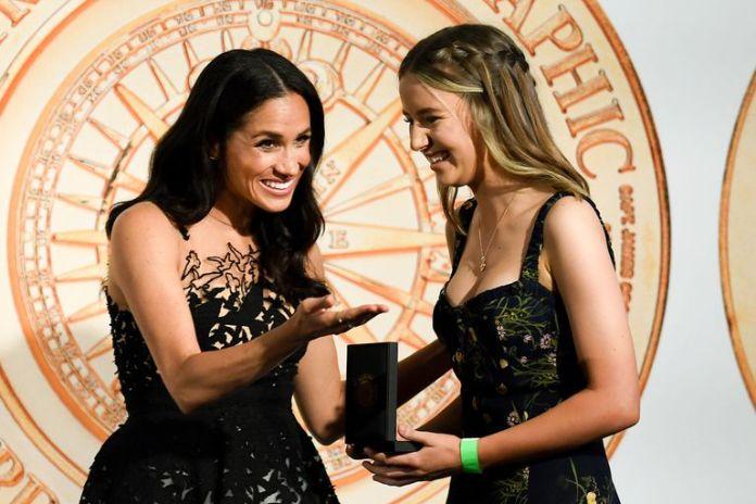 Meghan Markle Defines Fairytale In Oscar De La Renta Dress 3