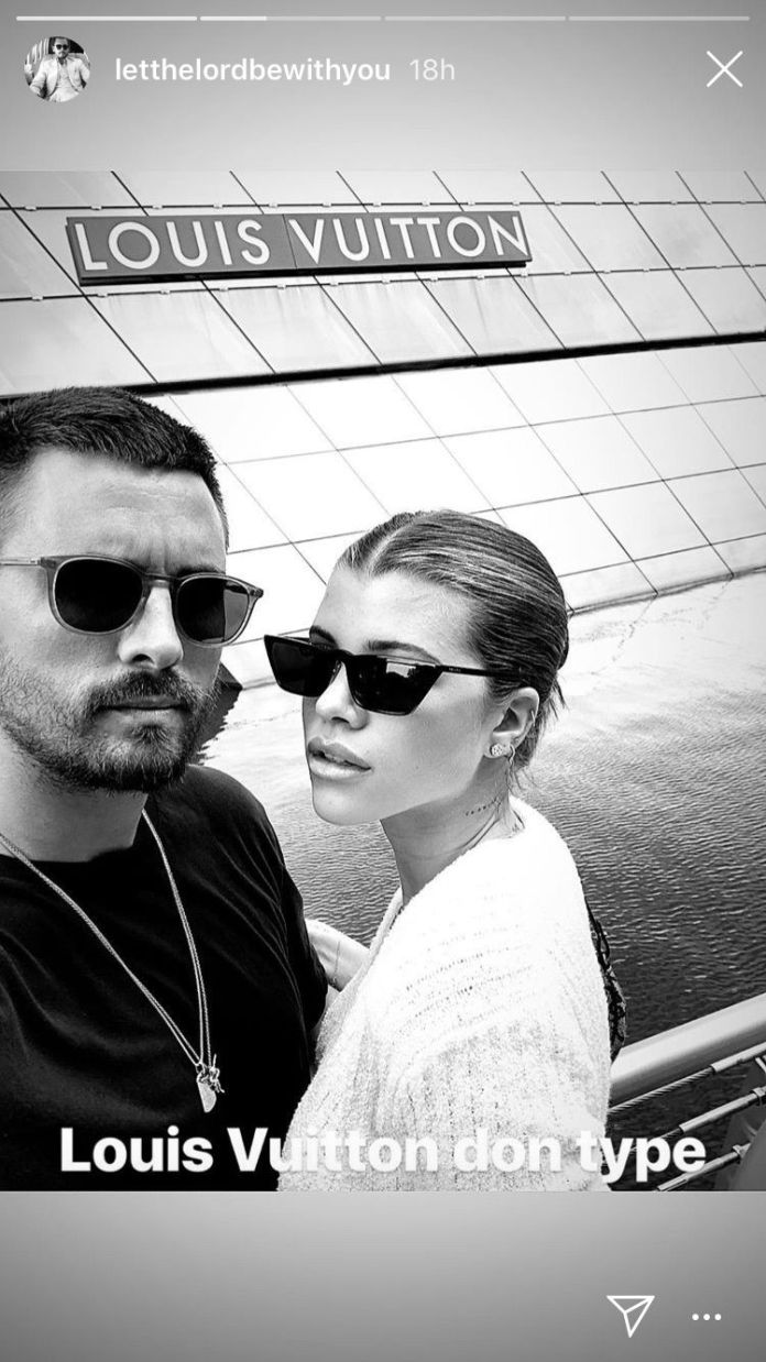 Get In! Scott Disick Vacationing With Kourtney Kardashian In Bali 1