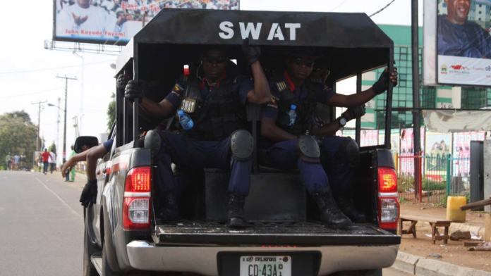NSCDC Operatives Arrests Fake Soldier 3