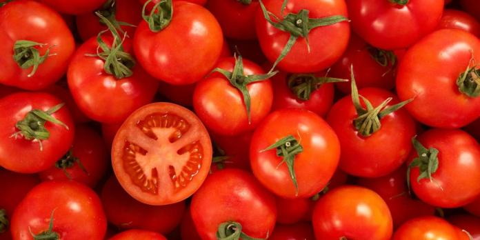 KOKO Knows: This The Shocking Thing That Happens When You Eat Two Tomatoes Daily 2