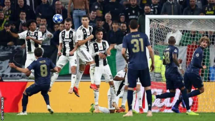 Juventus 1 - 2 Manchester United: Dramatic Late Goals Give Red Devils Victory In Turin 1