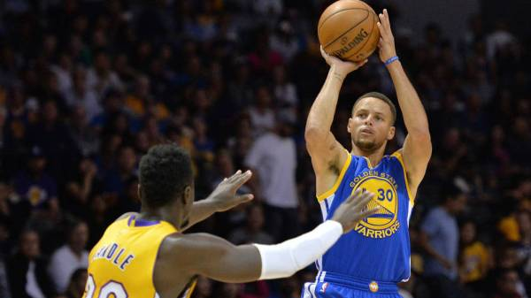 Golden State Warriors End Road Trip With A Bang Victory Over Milwaukee Bucks 1