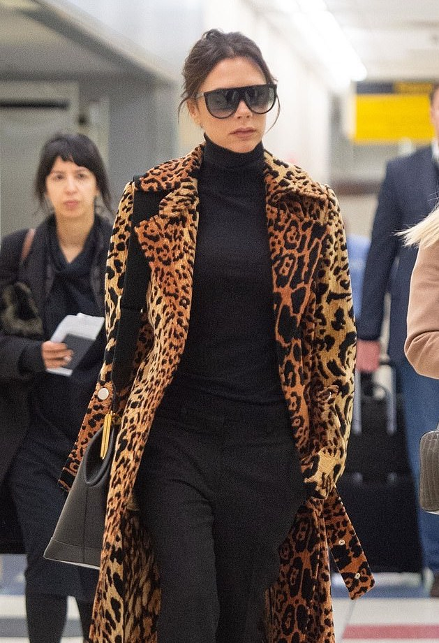 Airport Style: Victoria Beckham Is The Boss Chick In Print Coat 4