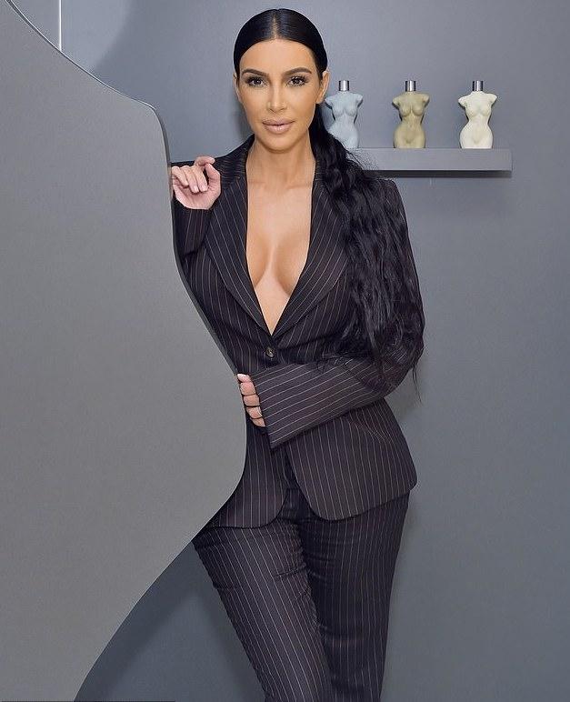 Style Stalking: Kim Kardashian Is A Sexy Boss In Braless Pinstripe Suit 2