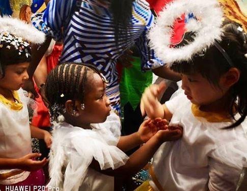 Awww! Davido And His Baby Mama Sophia Momodu Reunite For Daughter's School Party (Photos) 4