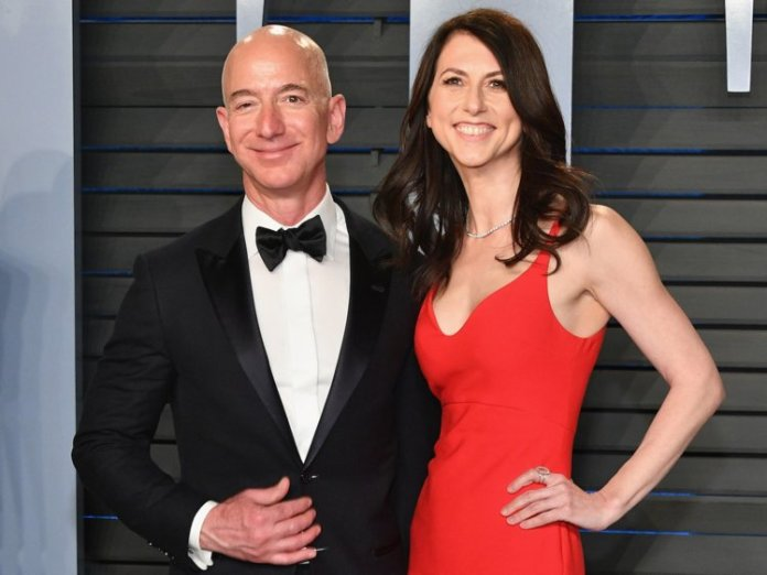 Who Is Jeff Bezos, What's The World's Richest Man's Net Worth, Who Is His Wife MacKenzie, Why Are They Divorcing And Who is Lauren Sanchez? 3