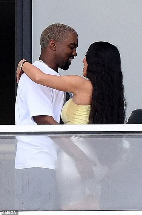 Checkout What Kanye West Did To Kim Kardashian In Public 3