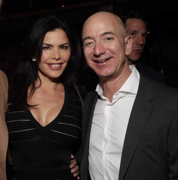World Richest Man, Jeff Bezos, Accuses Magazine Of Trying To Blackmail Him Over Affair With Mistress 2